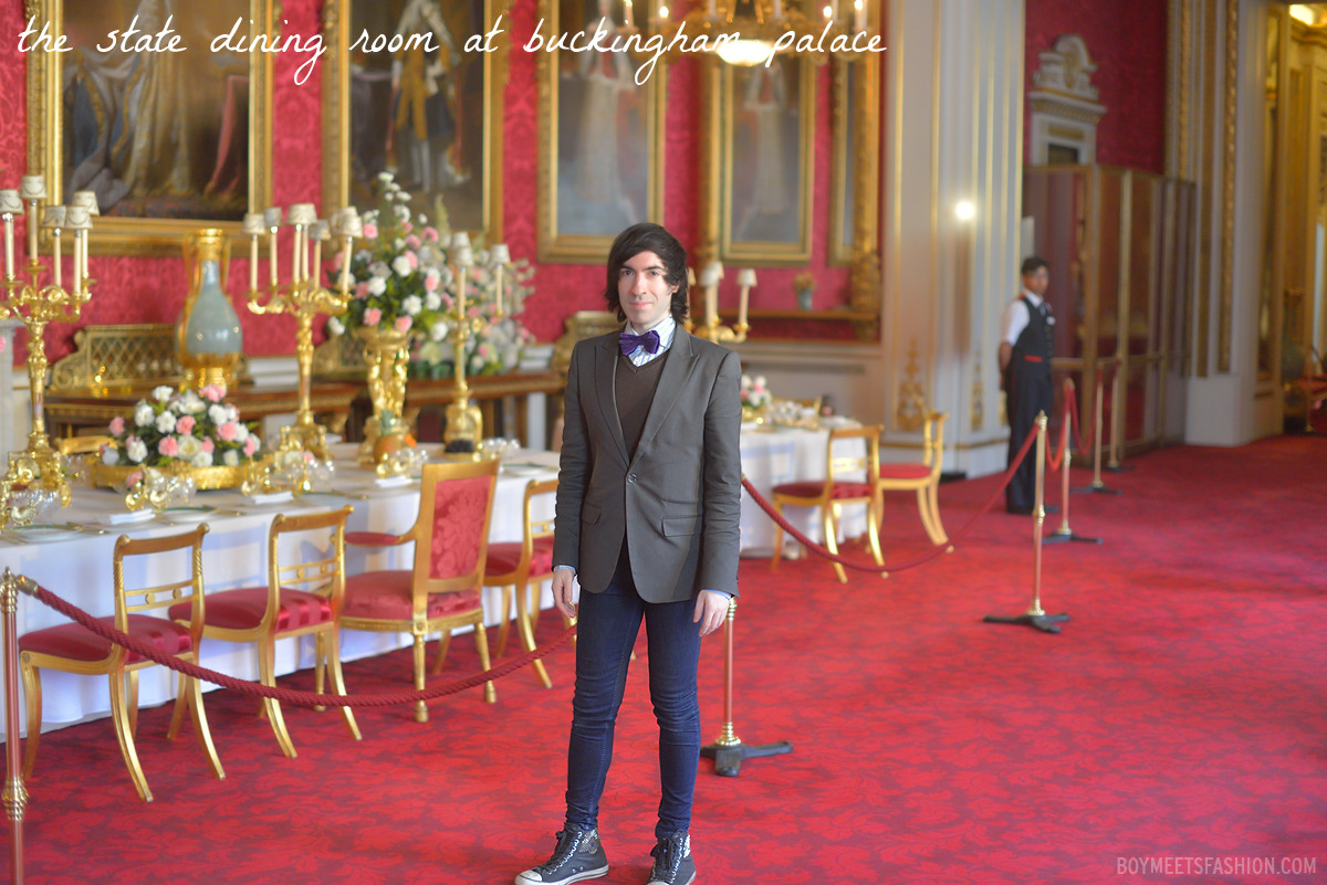 Inside buckingham palace at buckingham palace