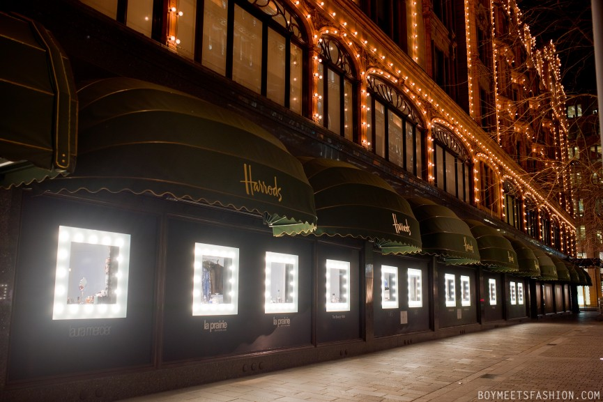 HARRODS-DRESSING-ROOM-WINDOWS-18