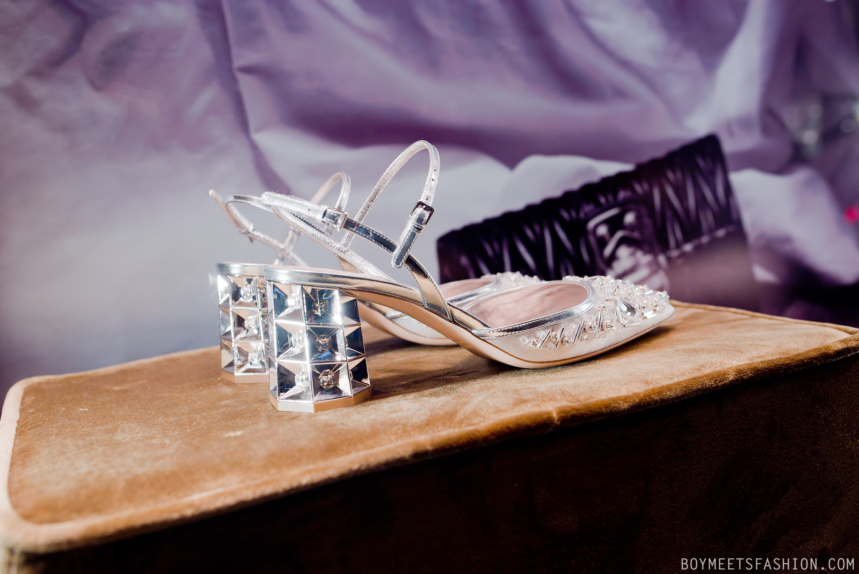 0a39d78c4d2a These pointy toe lamé satin shoes are embellished with Swarovski crystals  and caught my eyes as I walked past the Miu Miu shop late at night.